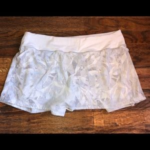 Lululemon White Pattered Tennis Skirt